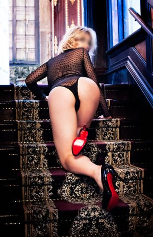 Marie-etienne escort in Lynbrook and sex party