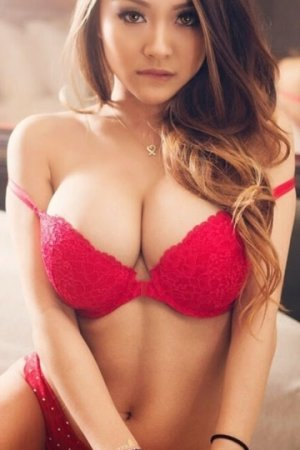 Siriana escort in Brown Deer Wisconsin