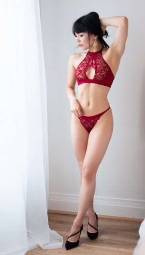 Thanais outcall escort in Amherst Center