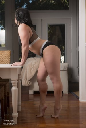 Quitterie independent escort in Port Chester